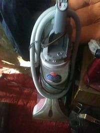 gray and black upright vacuum cleaner Detroit, 48238
