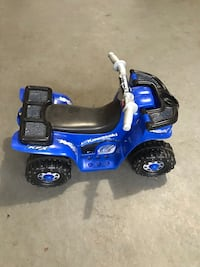 Ride on toys with battery and charger Manalapan, 07726