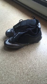 Nike super bad pro cleats new condition OBO
