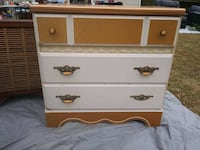 white and brown wooden 3-drawer chest Manchester, 37355