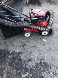 Craftsman self propelled leaf vac.