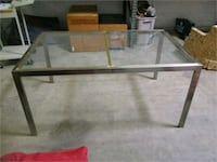 rectangular clear glass top coffee table Battle Creek, 49014