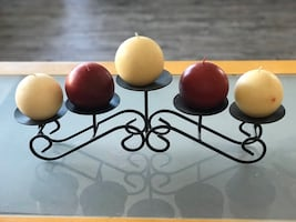 Candleholder with five candles