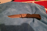 KABAR  MINT CONDITION  Langley City, V1M 2N2