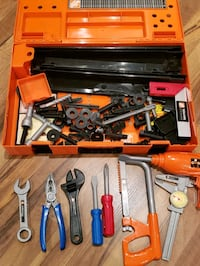Carring Case Workbench (Toy) from the Home Depot Halton Hills, L7G 6B9