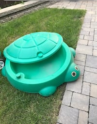 Turtle Pool or Storage Bin green with cover