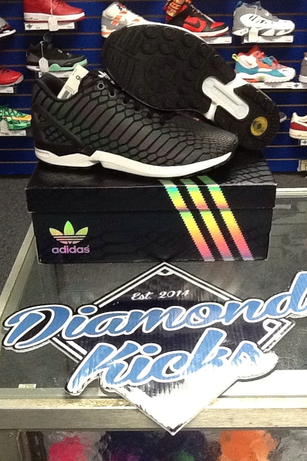 4a5b8ff87730 Used Adidas ZX flux reflexive for sale in Brookhaven - letgo