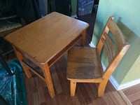 Child sized wood desk Mississauga, L5B 2Y3