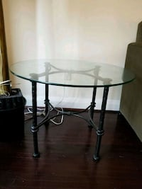 Wrought iron side table Toronto, M5V 4A5