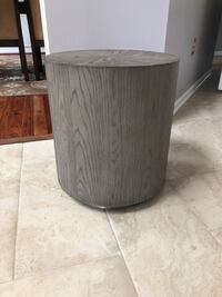 Restoration Hardware 18 inch Side Table Ashburn, 20147