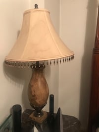Brown and white table lamp New York, 10472