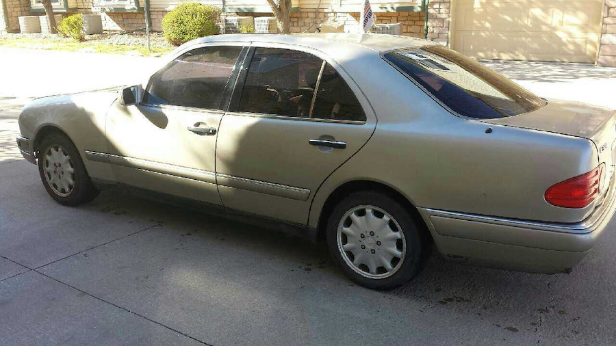 Used mercedes benz e phone number hidden obo in aurora for Phone number for mercedes benz