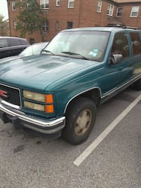 green Chevrolet single cab pickup truck Washington, 20020