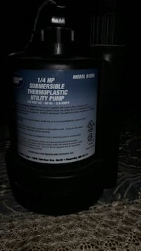 1/4 hp submersible thermoplastic pump Hamilton, L8N 3W3