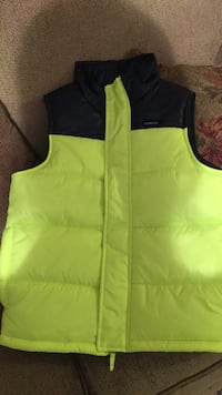 Boys size 10 vest. Never worn.  Rome, 30165