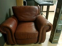 brown leather sofa chair with ottoman Toronto, M4C 1K2