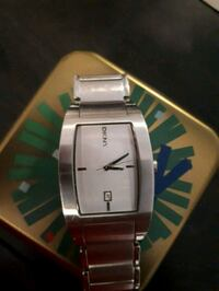 square silver-colored analog watch with link bracelet Toronto, M3K 1W9