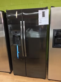 BRAND NEW GE black Stainless steel side by side refrigerator Woodbridge, 22191