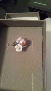 Natural Freshwater Peach Pearl Ring Manchester