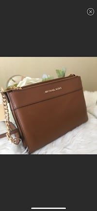 New Michael Kors Tan Double Zip Crossbody