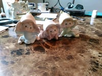 3 ceramic figurines. Selling all 3 together for 5  Ecorse, 48229