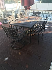 Middletown patio dining set