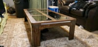 Wooden coffee table with glass inlays Leesburg, 20175