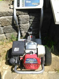 red and black Honda pressure washer Prince George's County, 20746