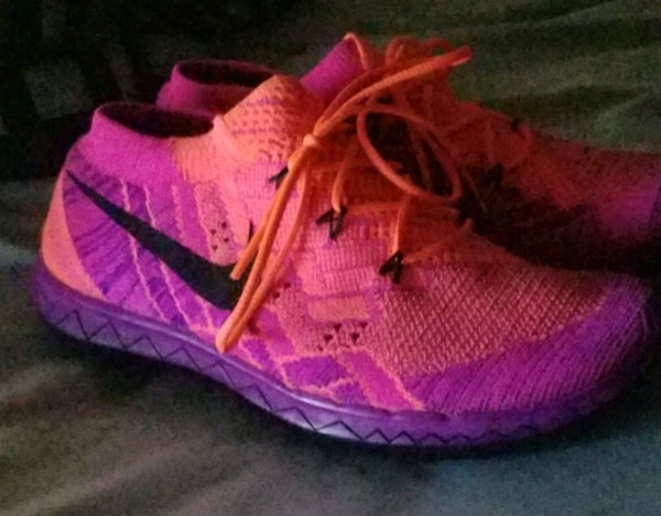 dea27c5c9906f8 Used pink-and-black Nike running shoes for sale in Jacksonville - letgo
