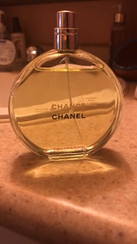 Chanel chance eau fraiche edt 100ml reg 165$ sell for 80$pick Toronto, M3A 2X1