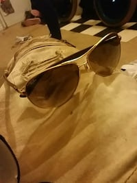 brown framed Ray-Ban sunglasses Guelph, N1H 3A3