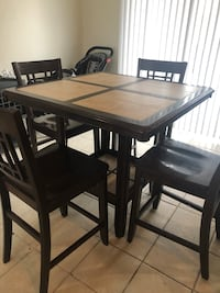 Dining Set with 4 chairs Bakersfield, 93313