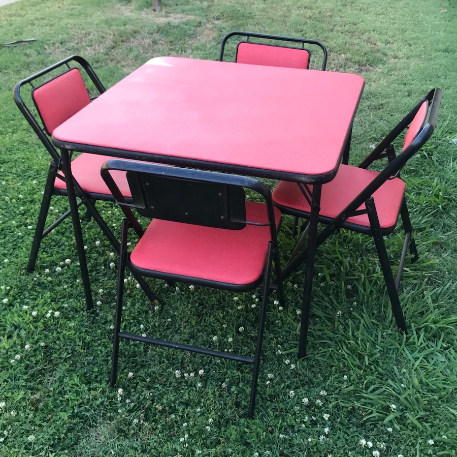 VINTAGE 1950u2019s SAMSONITE FOLDING TABLE AND CHAIRS