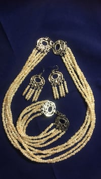gold-colored necklace and earrings King City, 97224