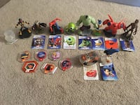 Disney Infinity figures and discs. New Market, 21774