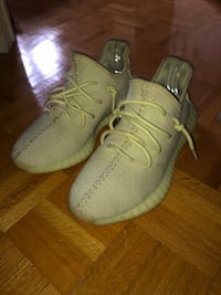 Yeezy butters  9.5 With box Vaughan, L4L 8X8