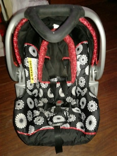 Rear facing carseat
