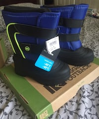 Pair of blue-and-black winter boots Orlando, 32822
