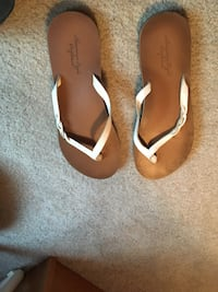 pair of brown leather flip-flops Gainesville