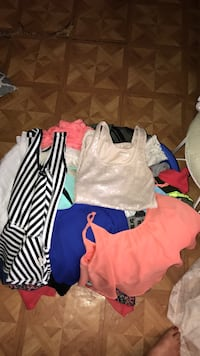 BASKET FULL OF CLOTHES ! GREAT CONDITION! Need gone by today!  Alvarado, 76009
