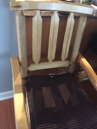 Solid wood chair Toronto, M5V 3V6
