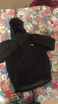 North face size medium  Richmond, V7E 1S6