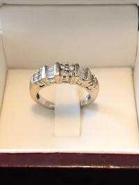 Men's wedding ring, 14k, barely worn. Asking for 200 obo Gaithersburg, 20878