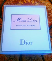 """Dior """"Miss Dior Absolutely Blooming"""" EDP 101ml Mount Royal"""