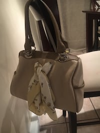 women's gray leather tote bag Montréal, H1R 3C4