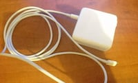 Apple 61W USB‑C Power Adapter + Charge cable