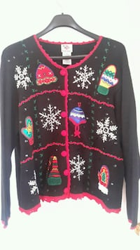 XMAS Nutcracker Sweater fits Large  Gatineau, J9H 7B3