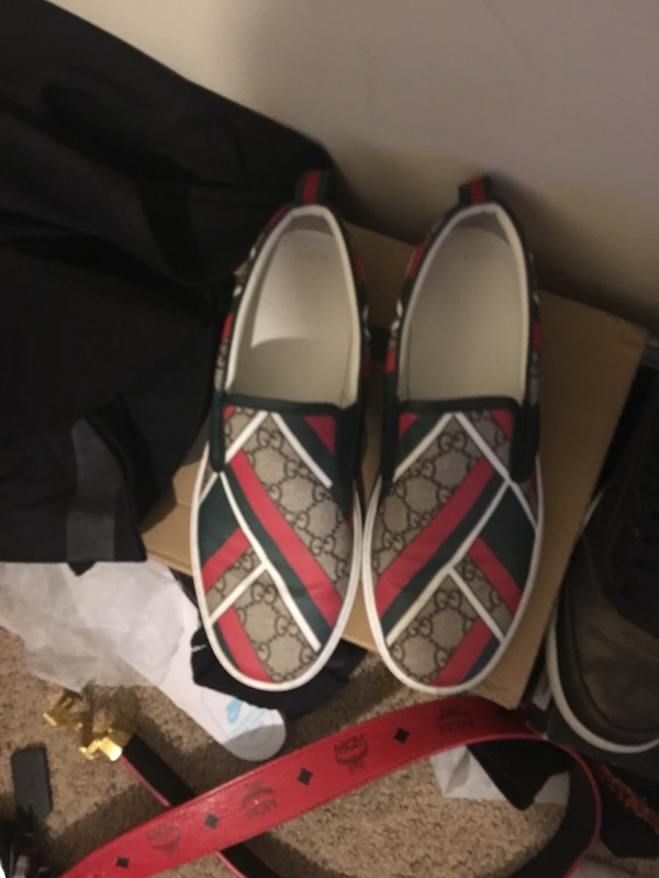 3c3ea3f6b8241d ... Used Gucci shoes size 9 for sale in Atlanta letgo