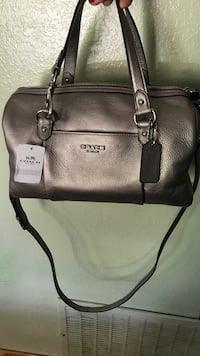 COACH HAND/SHOULDER BAG - BRAN NEW WITH TAG Santa Clara, 95054