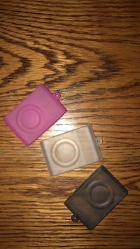 iPod shuffle silicon cases  Waterloo, N2K 4H8